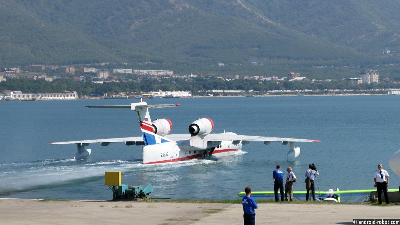 Выпущенный вРостовской области самолет Бе-200ЧС представят на«Гидроавиасалоне-2016»