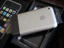 Гражданин столицы реализует самый первый iPhone за1,2 млн руб.