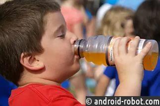 Употребление сладкой газировки приводит к образованию инсульта иожирению— Ученые