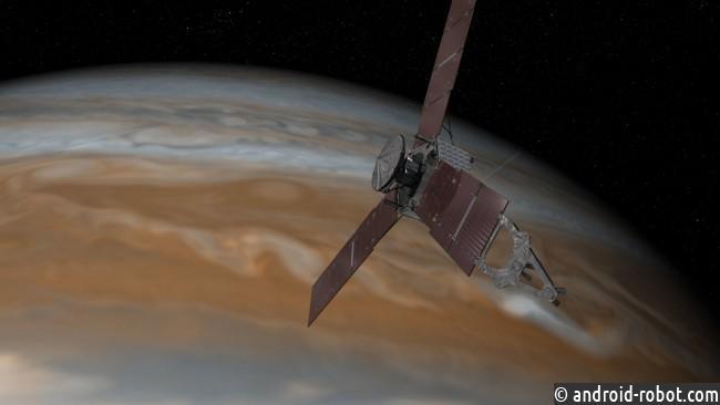 Зонд Juno «проспал» наблюдения заЮпитером