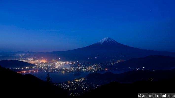 Внебе над Японией после землетрясения появился НЛО