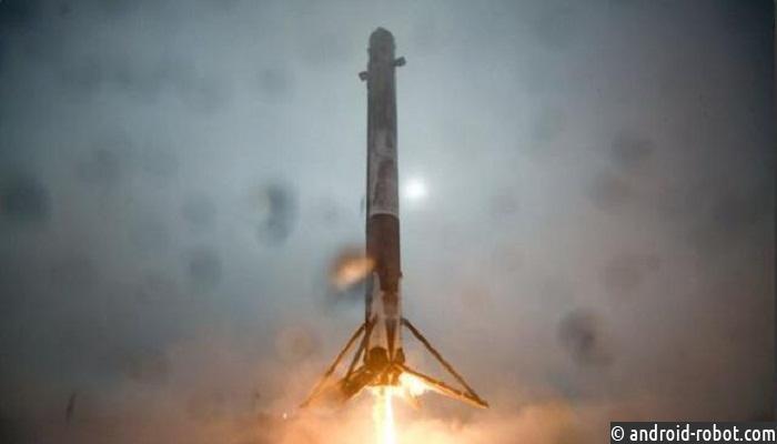 Япония перенесла запуск самой маленькой вмире ракеты сносителем