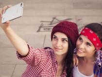 Смартфоны втечении года потеснили иные мобильные устройства