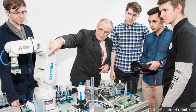 Создан промышленный робот с элементами искусственного интеллекта