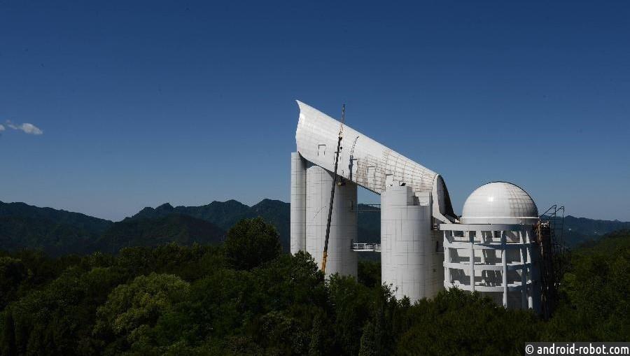 Китайские ученые открыли две звезды, летящие с поразительной скоростью