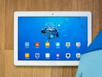 Huawei представила планшет Honor WaterPlay сзащитой отводы
