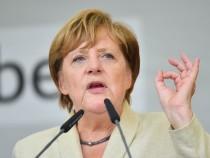 Блок Меркель иСДПГ договорились ограничить прием беженцев