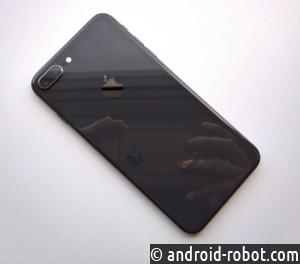 Apple расследует недавние случаи вздутия iPhone 8 Plus сотслоением экрана