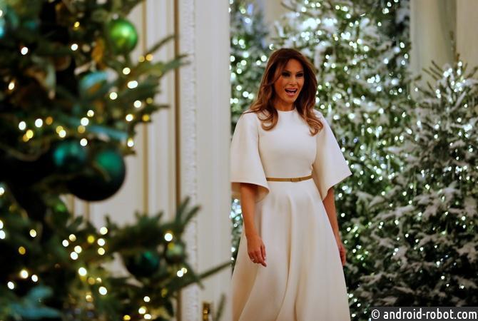 Мелания Трамп показала, как Белый дом готовится кРождеству