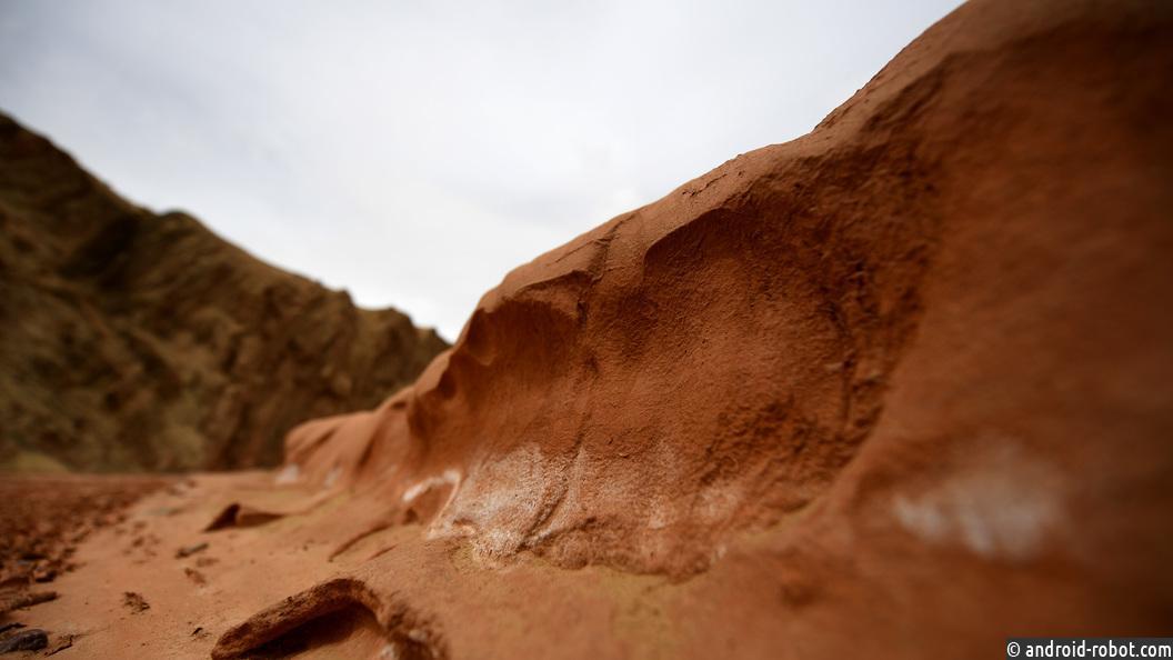 НаМарсе существует феномен «парящий песок»