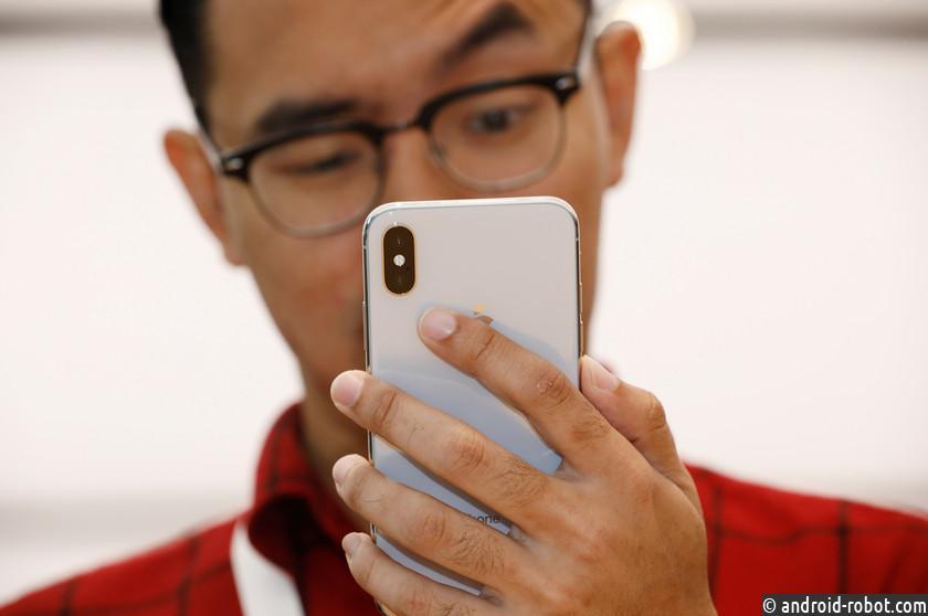 ВApple сообщили, что дисплей нового iPhone Xможет выгорать