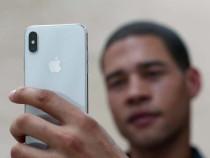Apple бесплатно заменит iPhone X с трудностями вFaceID нановые