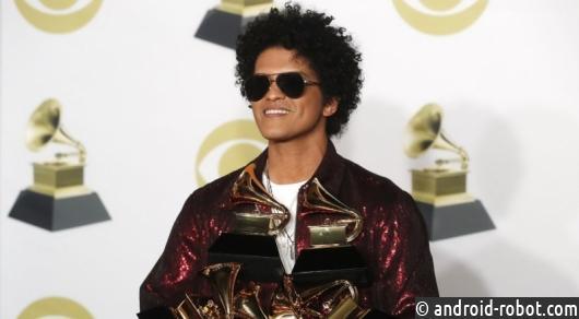Бруно Марс получил Grammy запесню изапись года