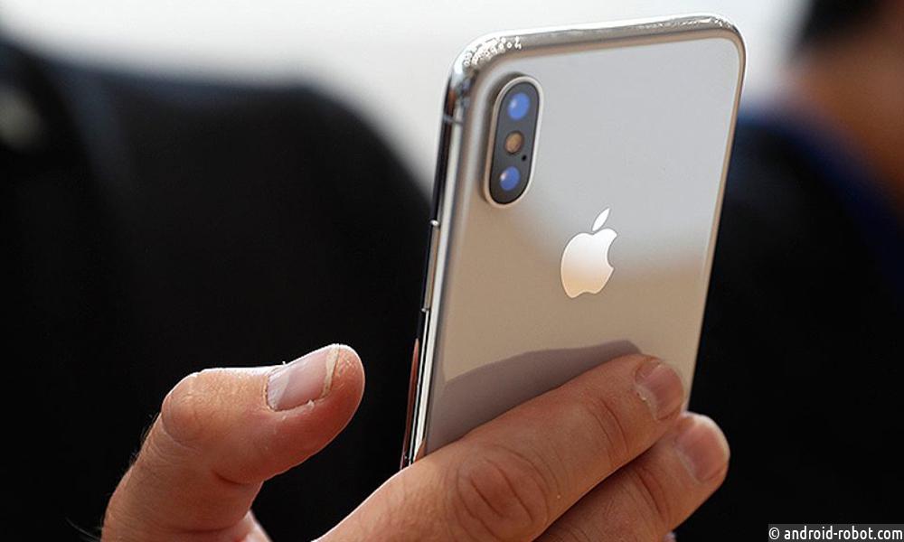Москвич желает отсудить уApple 777 777руб. из-за трудностей саккумулятором iPhone