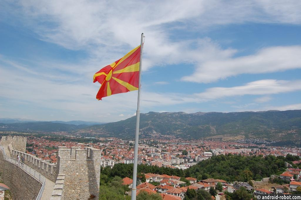 Македонию позовут вНАТО, как только она сменит название