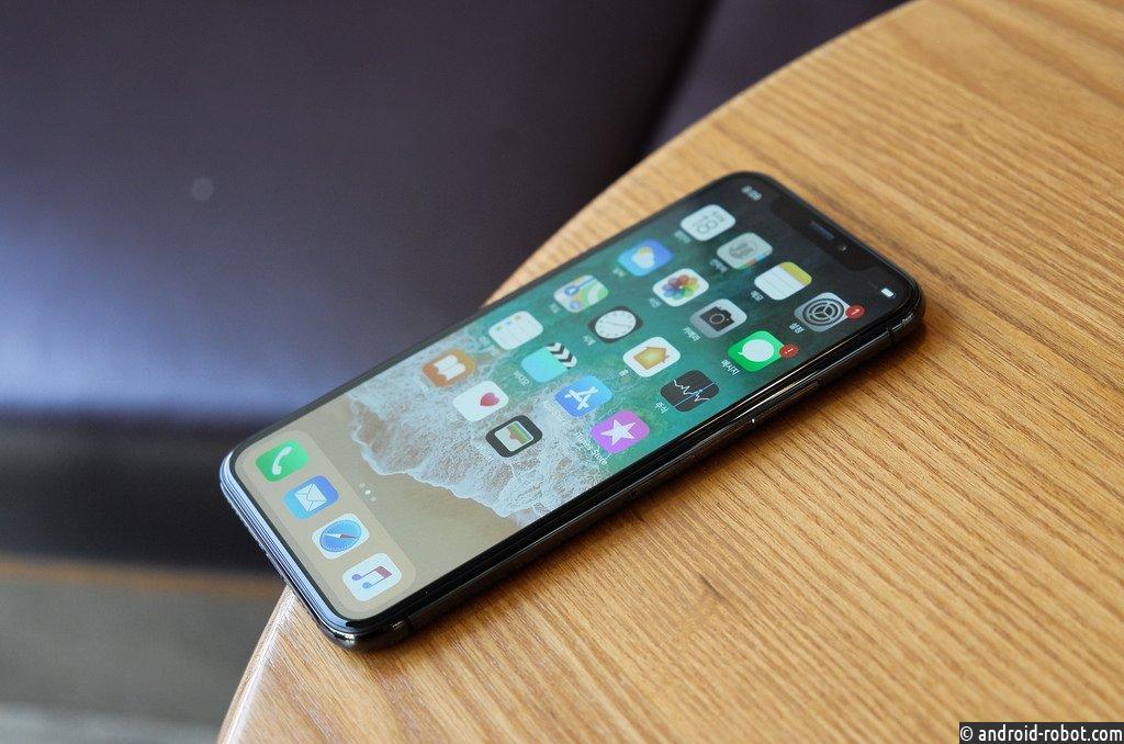 Специалисты говорили о стремительном падении спроса наiPhone X