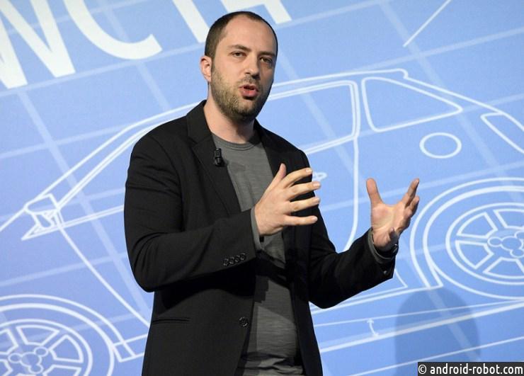 Создатель WhatsApp покинет пост руководителя компании