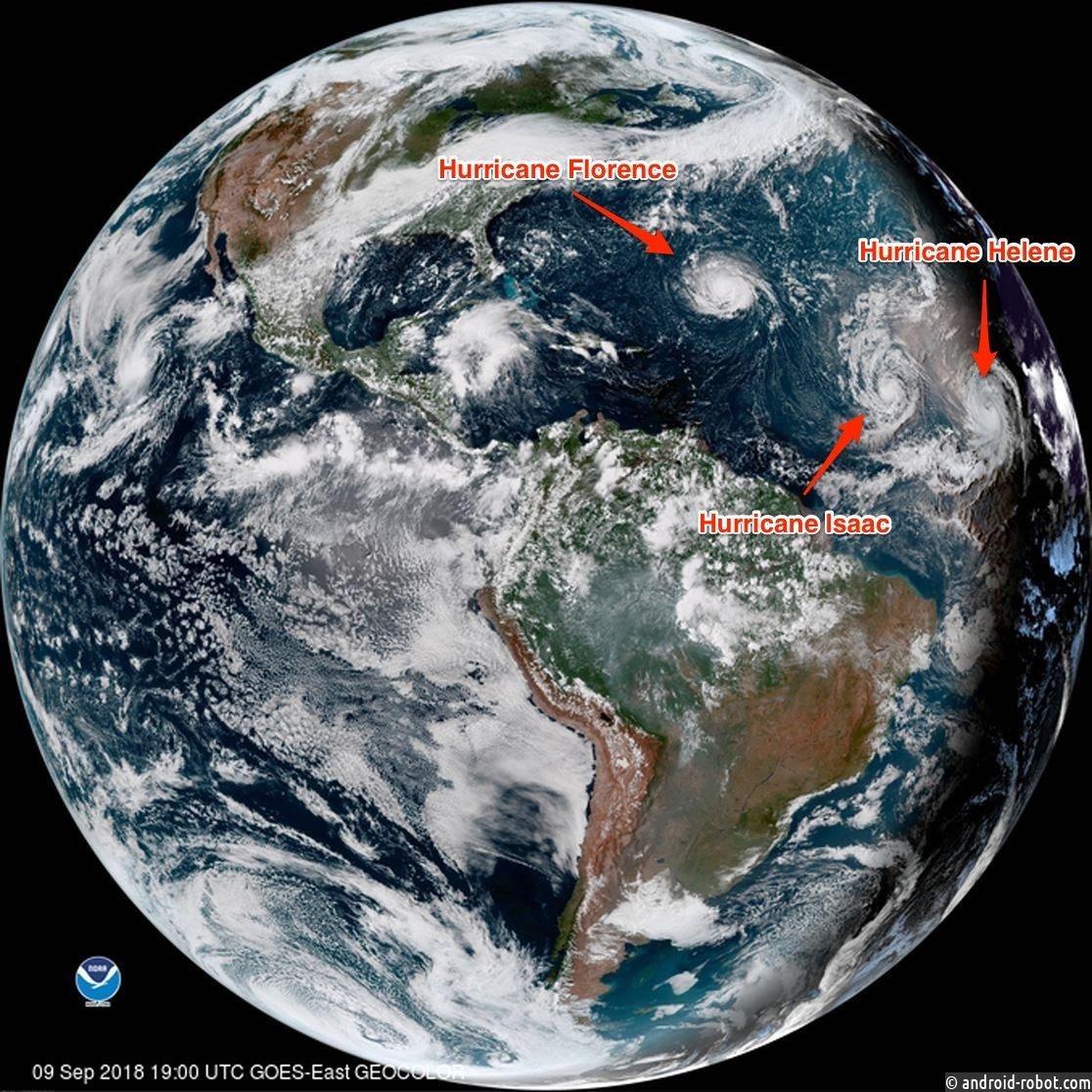 В Атлантическом океане образовалось сразу три урагана
