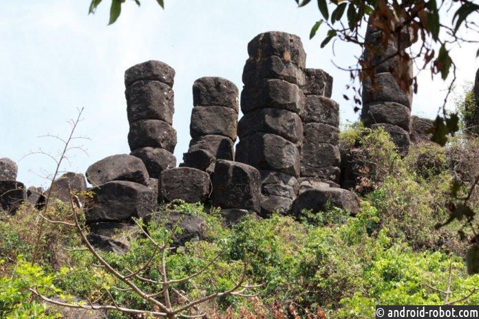 Индийские учёные обнаружили редкие базальтовые колонны в деревне в Колхапуре