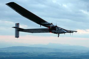 Solar Impulse 2 фото