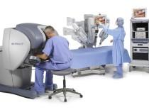 Скоро пациентов будут оперировать роботы-хирурги