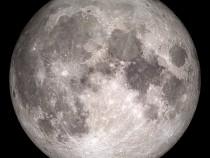 Космонавт Олег Артемьев продемонстрировал «исчезающую» луну