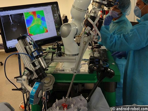 ВСША разработали робота-хирурга, который превосходит человека