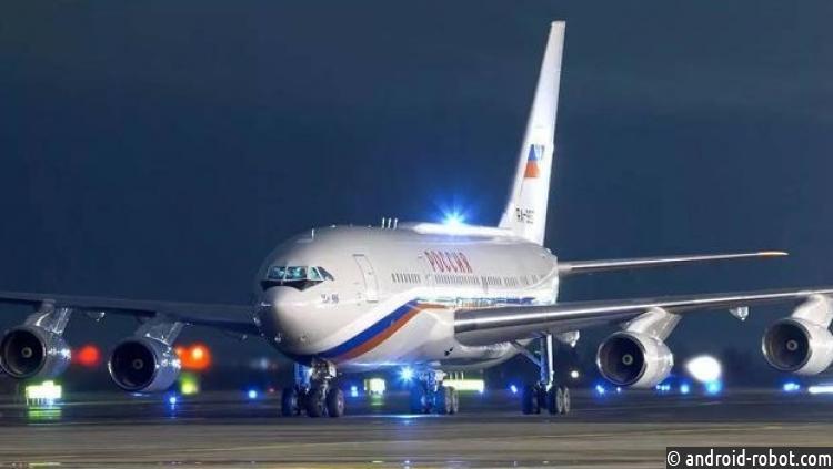 «Россия» позволила пассажирам пользоваться гаджетами впроцессе взлёта ипосадки