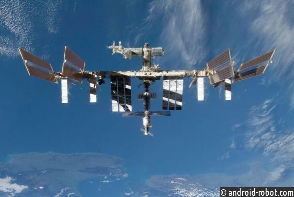 Орбиту МКС скорректировали на2км