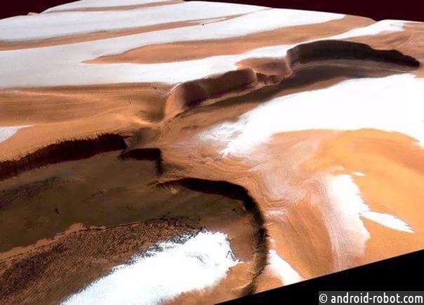 НаМарсе бывает необычный снег