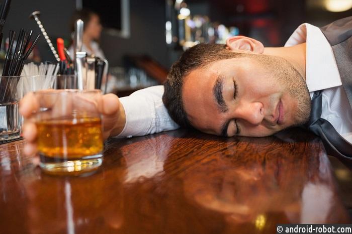 Ученые: спирт имеет губительное воздействие начеловека