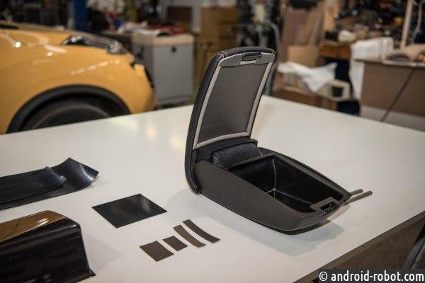 Nissan представил подлокотник-«глушилку» для сигнала телефона