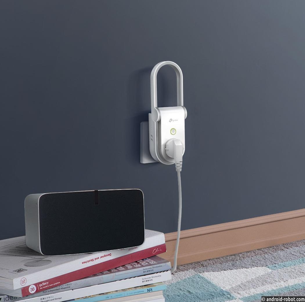 TP-Link расширяет линейку умный дом:  в продаже появился усилитель Wi-Fi с встроенной умной розеткой RE270K