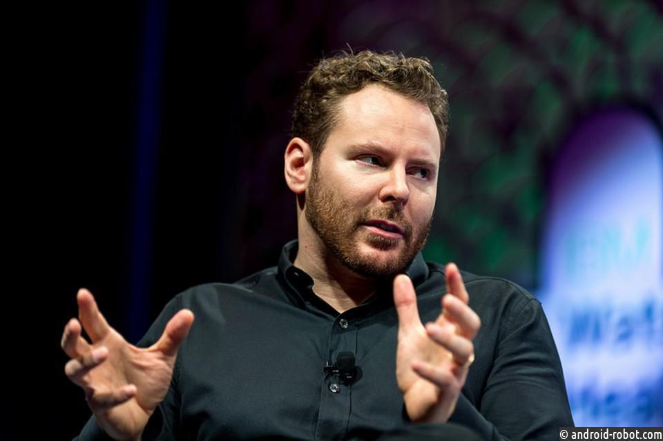 Крёстный отец Facebook Шон Паркер: «Соцсети взламывают человеческую психику»