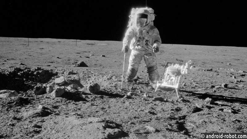 Специалисты NASA проинформировали, что Луна разноцветная