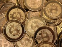 Курс Bitcoin рухнул на 25 процентов