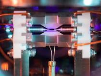 Британский физик снял на камеру отдельный атом