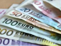 ГДпозволила россиянам получать валютную зарплату зарубежом