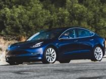 Выпуск Tesla Model 3 вначале лета вырастет втри раза— Илон Маск