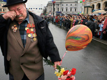 В Кремле объяснили инцидент с ветераном на Красной площади