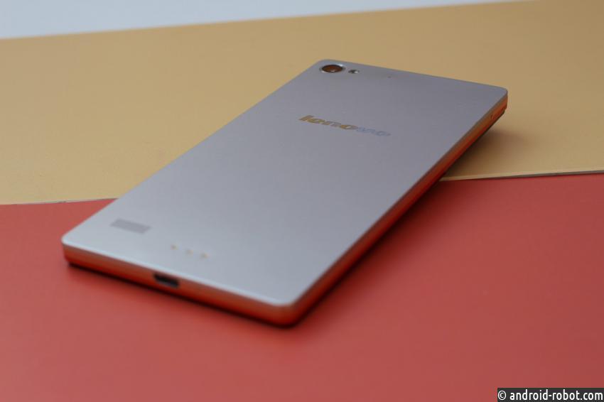 95% лицевой панели телефона Lenovo займет дисплей