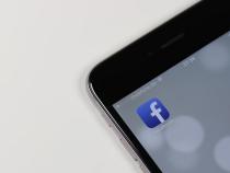 Facebook запросил упользователей интимные фотографии