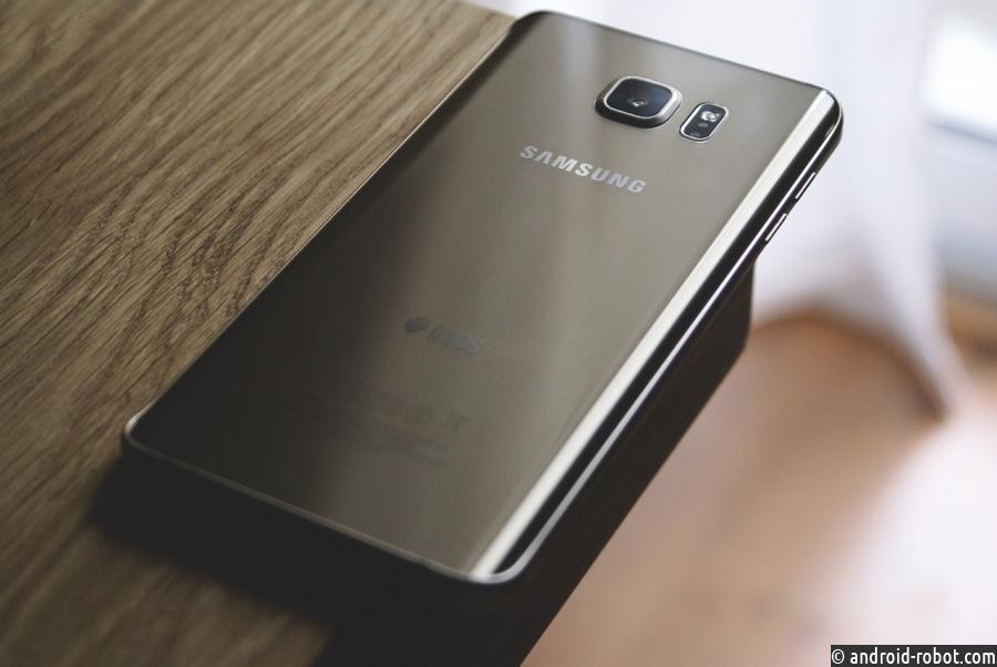 Samsung Galaxy S10 может получить 4K-дисплей