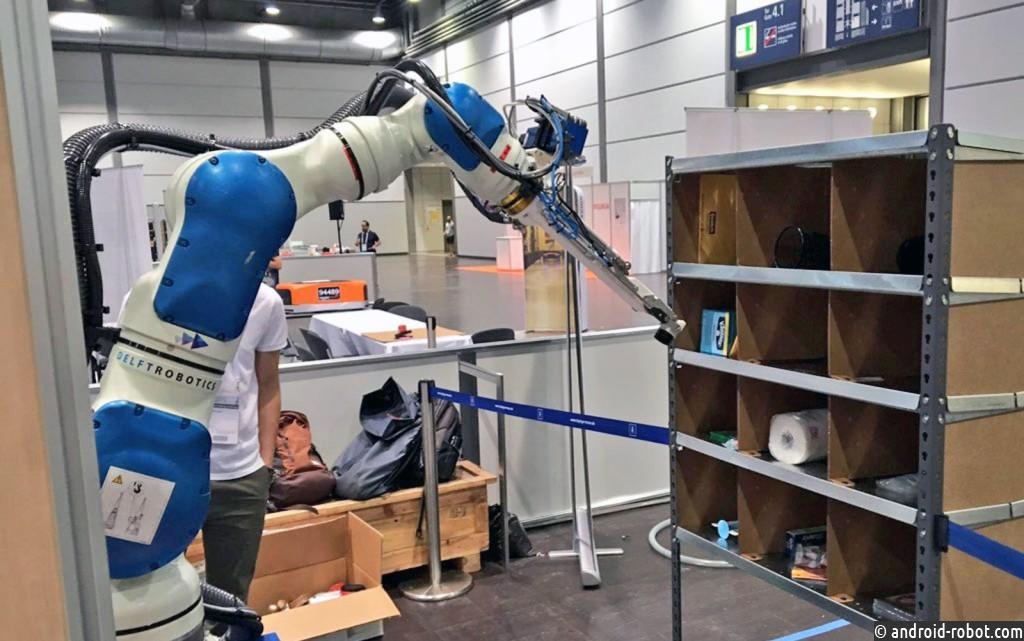 «Дешево исердито»: вAmazon менеджеров поменяют роботы