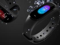 Новый фитнес-браслет Xiaomi MiBand 3 привел пользователей ввосторг