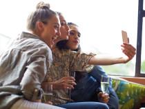Instagram ввел возможность публикации сразу внескольких аккаунтах