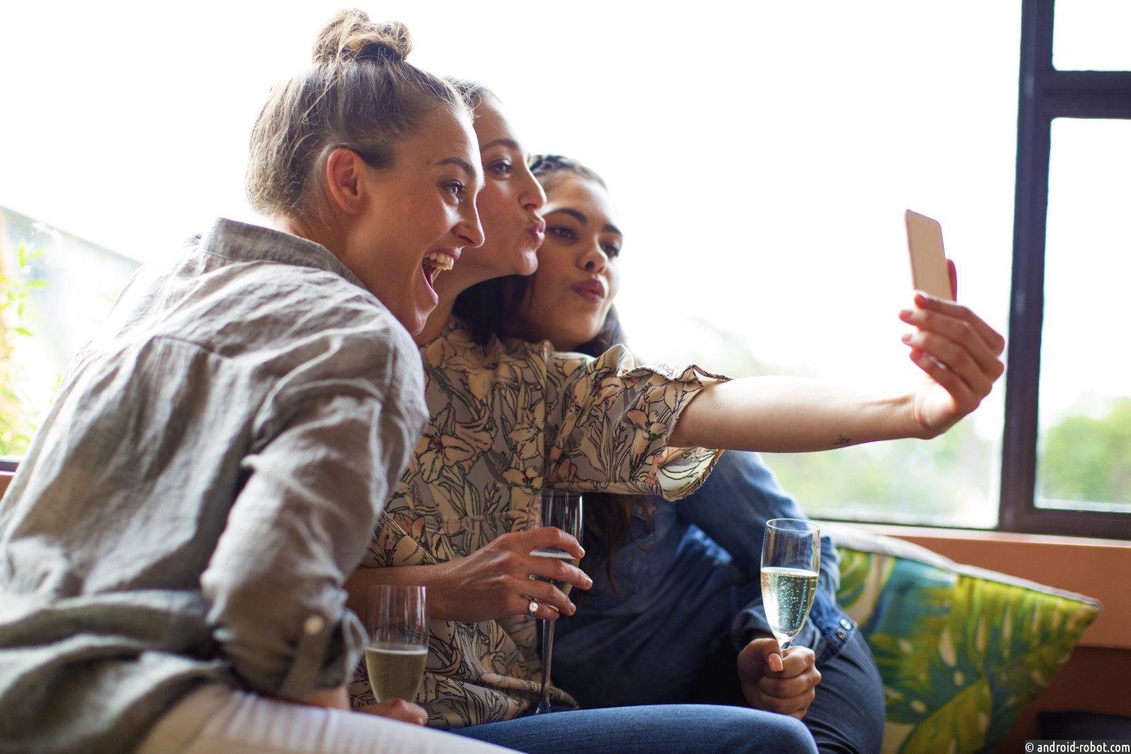 Instagram скоро позволит отметить своих друзей в видео