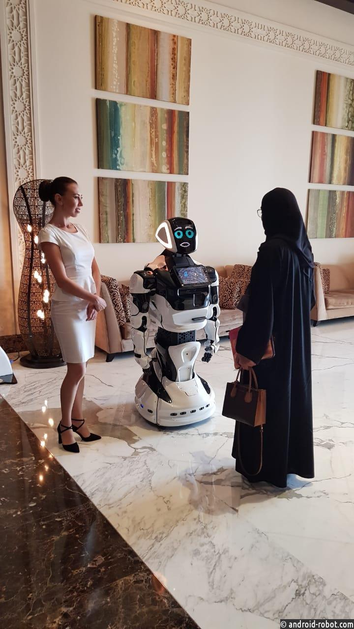 Российский робот открыл неделю искусственного интеллекта в Дубаи