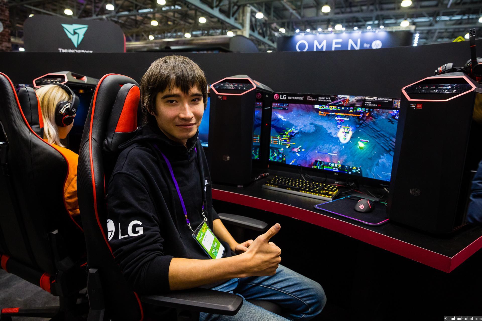 Представлен игровой монитор LG 34UC79G ULTRA WIDE на выставке Игромир 2018