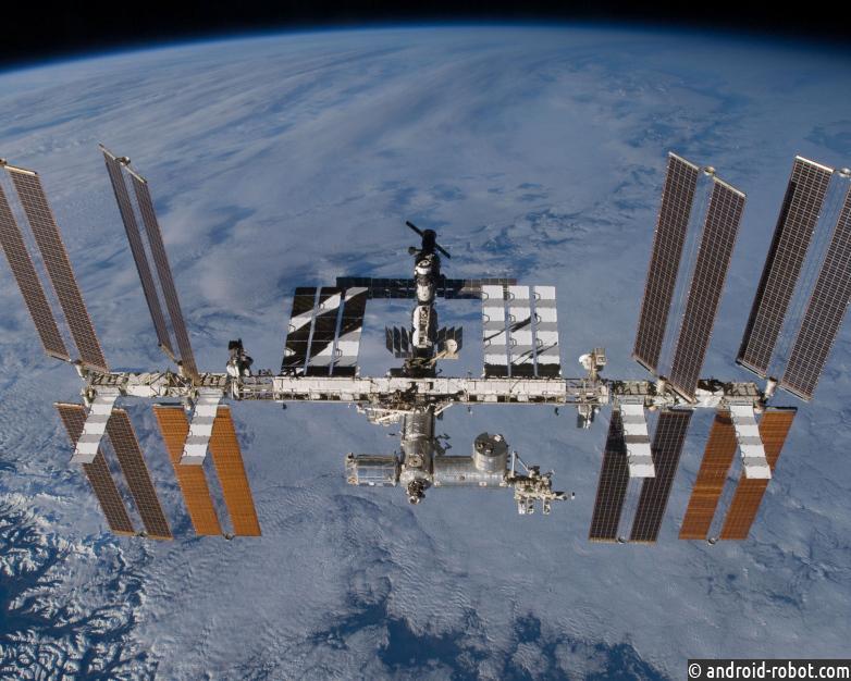 Что это значит, если отверстие в МКС было просверлено изнутри?